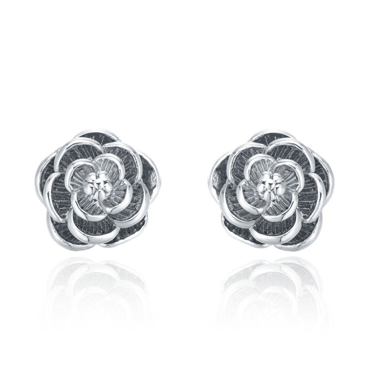 Custom Wholesale High-Grade Unique Designs 925 Silver Stud Earrings